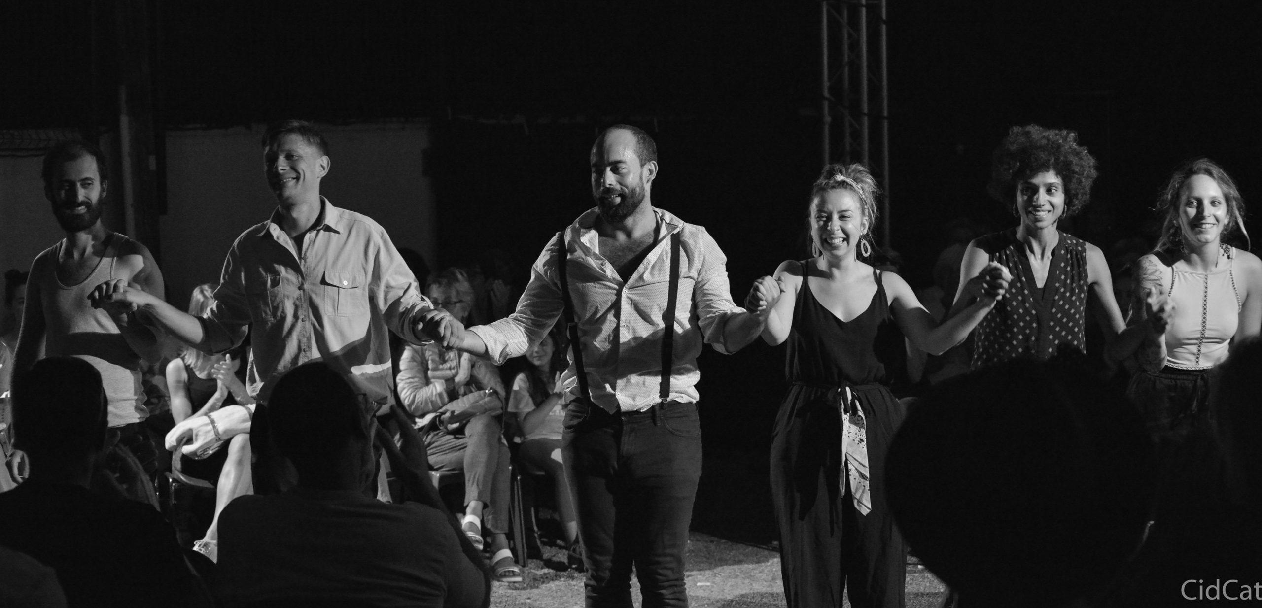 Lysistrata, la révolution des femmes par le Collectif Puck, fin de spectacle